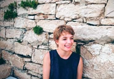 PAPERBIRD. Teresa Scheicher. Unternehmensberatung und Verkaufsprofi - Kloucek